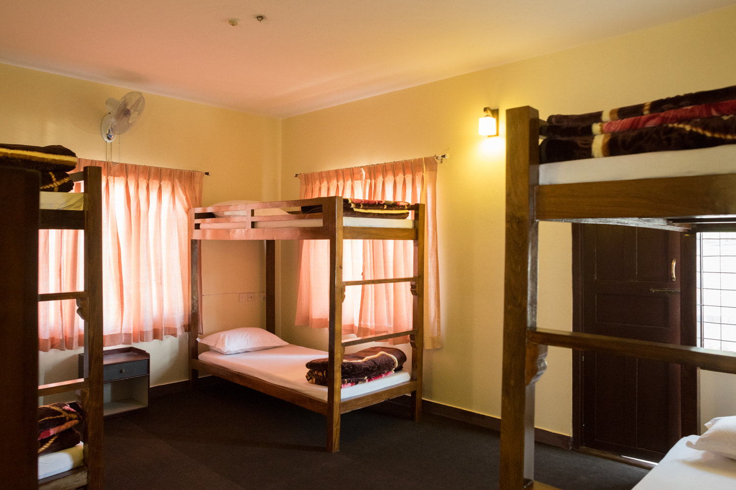 Dormitory (male room 6 beds)
