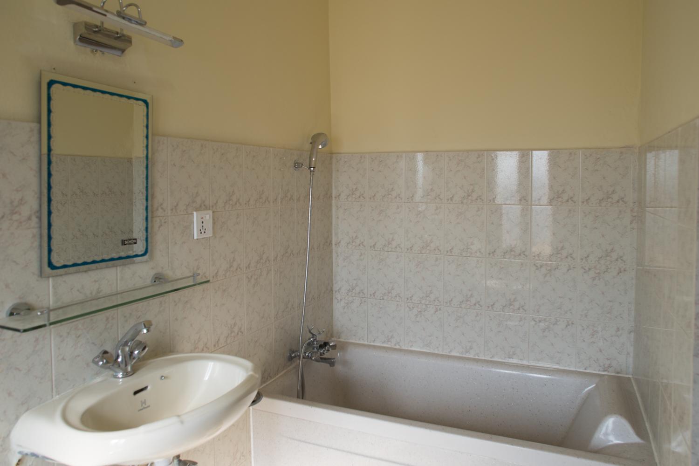 VIP Room Bath