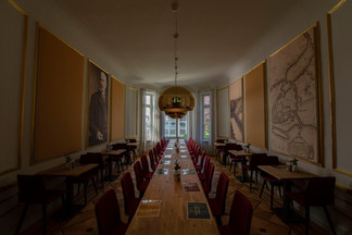 HanseMerkur - bedruckte Akustikelemente in der Cafeteria