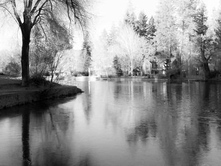 Bend Oregon - Black and White Morning at Mirror Pond