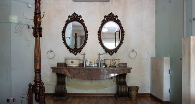 Room 1 - bathroom.jpg