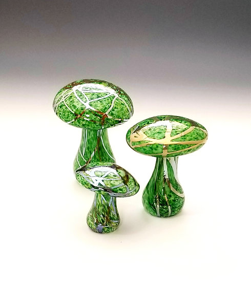 Small Mushrooms - Brilliant Green with Metallic Veins