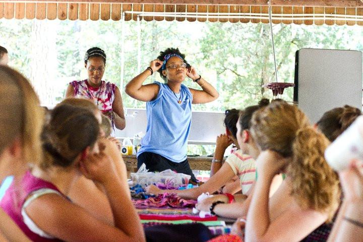 Sheneka explaining a craft