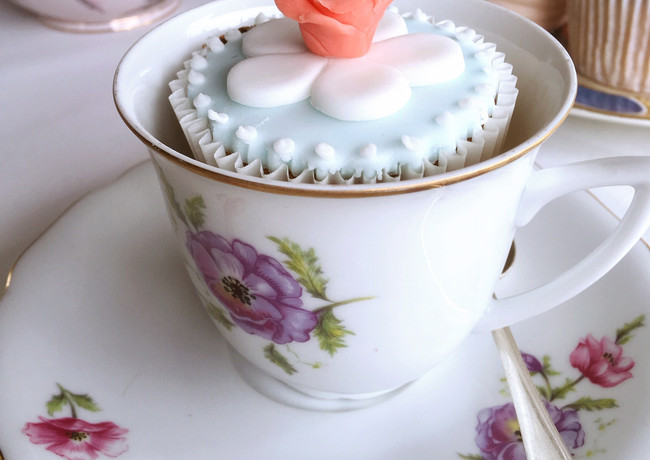 cup, saucer and cup cake