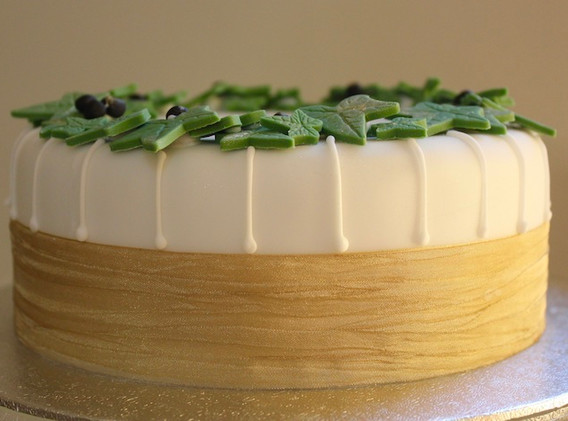 Large ivy cake - side view.jpeg
