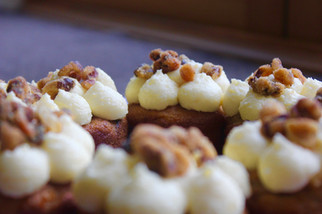 carrot cake with candied walnuts