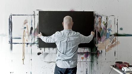 Gemälde aufhängen