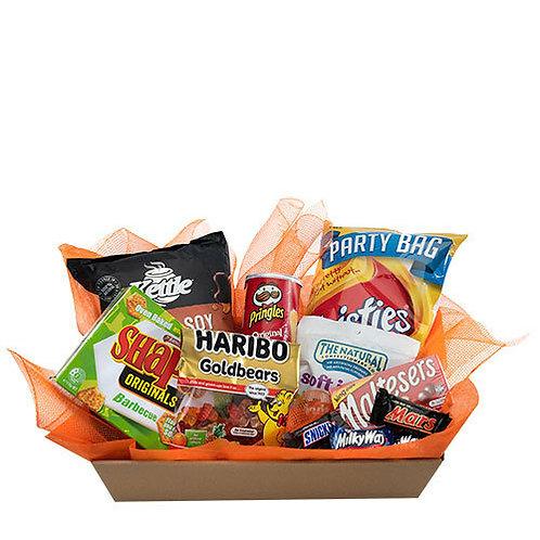 Party snacks gift hamper
