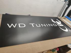 Skilte & Reklameplader til WD Tunning