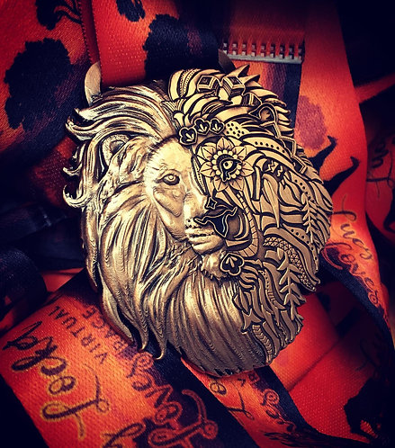 *END OF LINE LUCY LOCKET TIME TO ROAR MEDAL*
