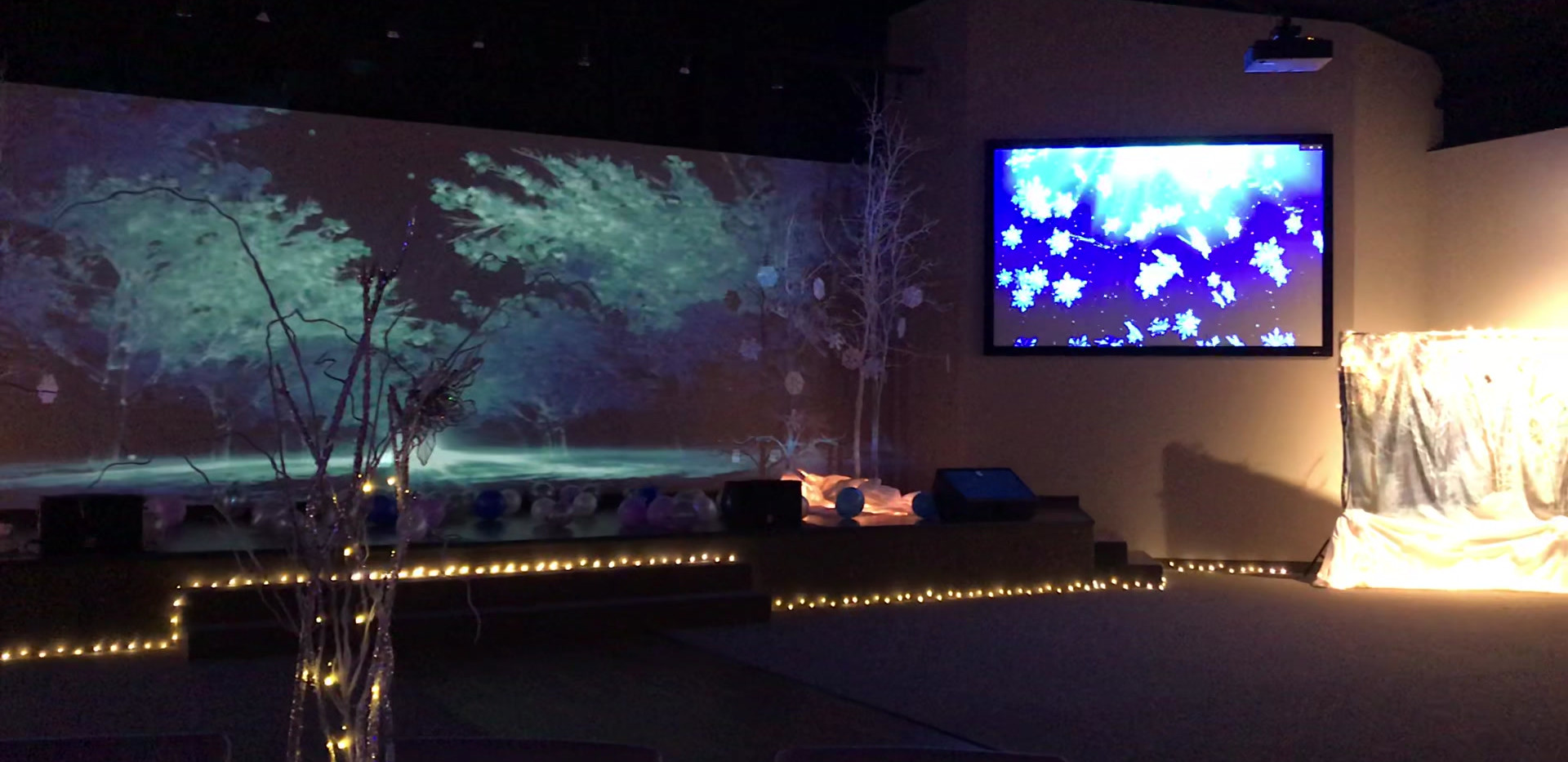 """Frozen"" theme dance"