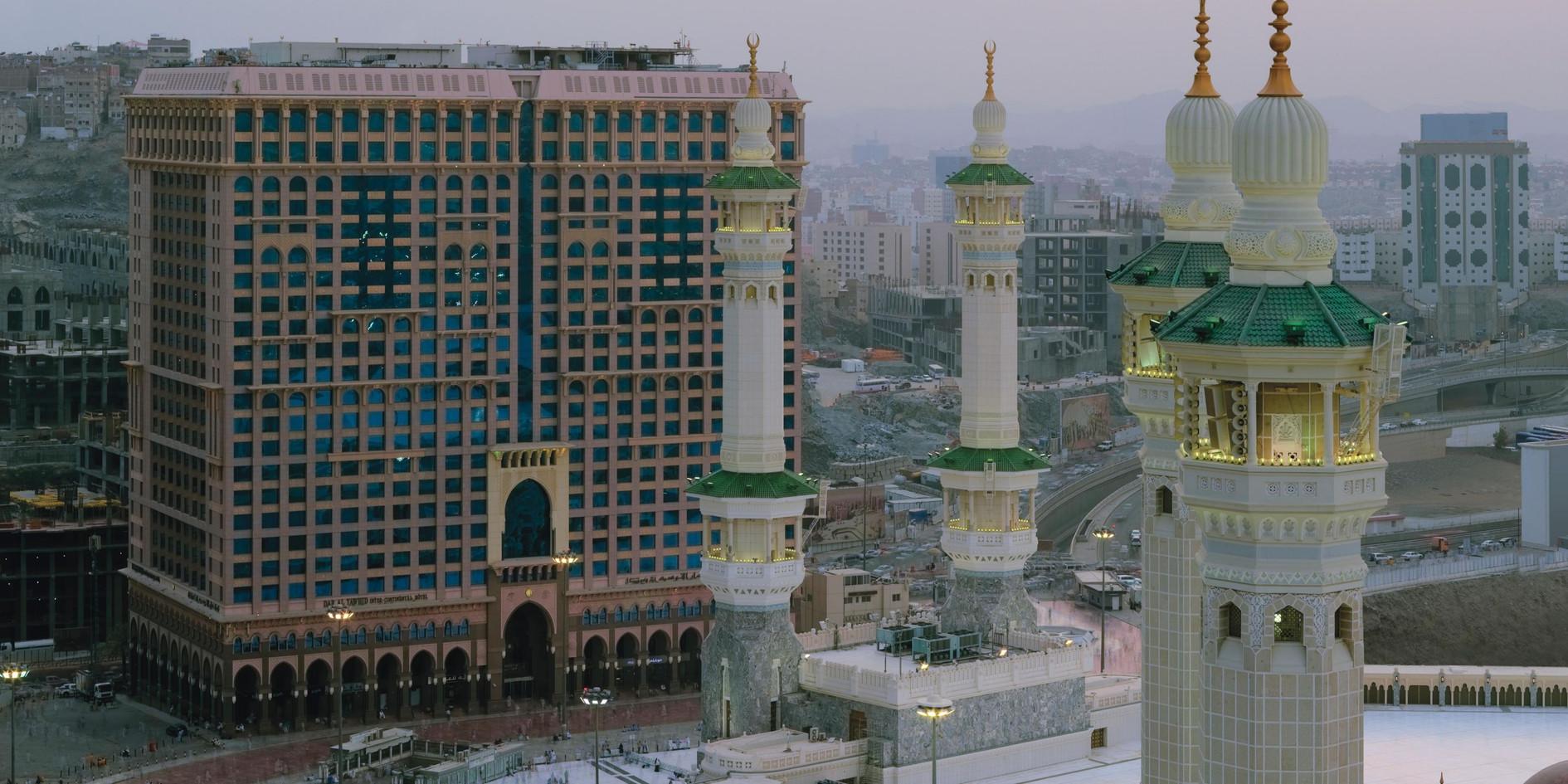intercontinental-makkah-4178759596-2x1.j