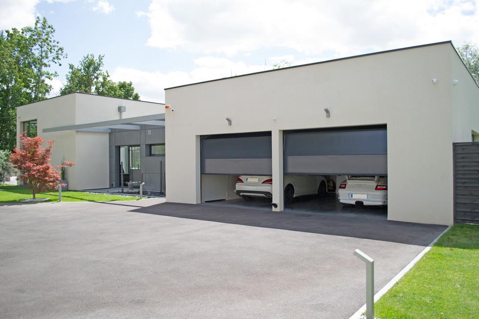 Garage-11.jpg