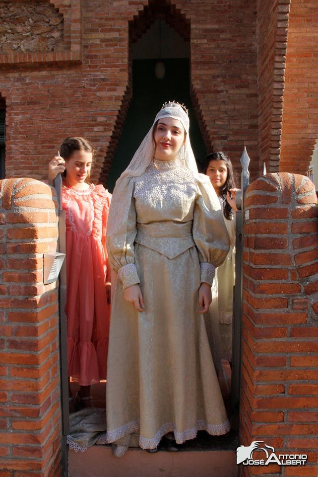 La núvia amb les donzelles