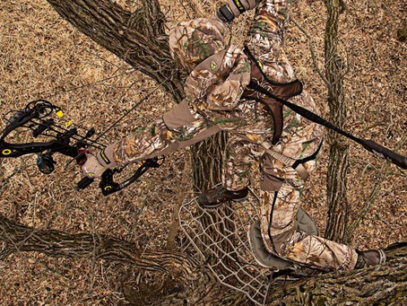Get ready for hunting season with these top five archery hunting accessories