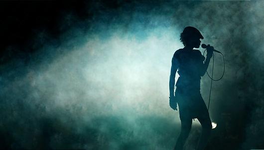 dreamstime- singer.jpg