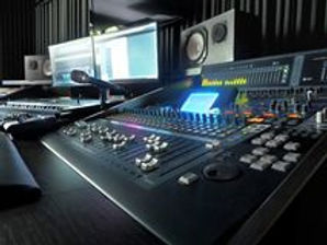 sound-recording-studio-music-equipment-p