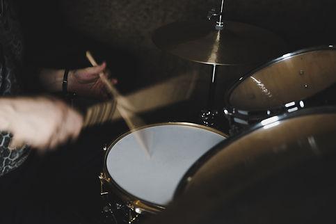 dreamstime-drum.jpg