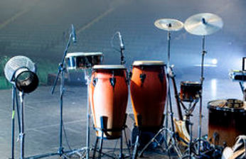 musical-instruments-stage-concert-hall-4