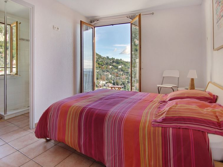 Philomene Sea View Bedroom