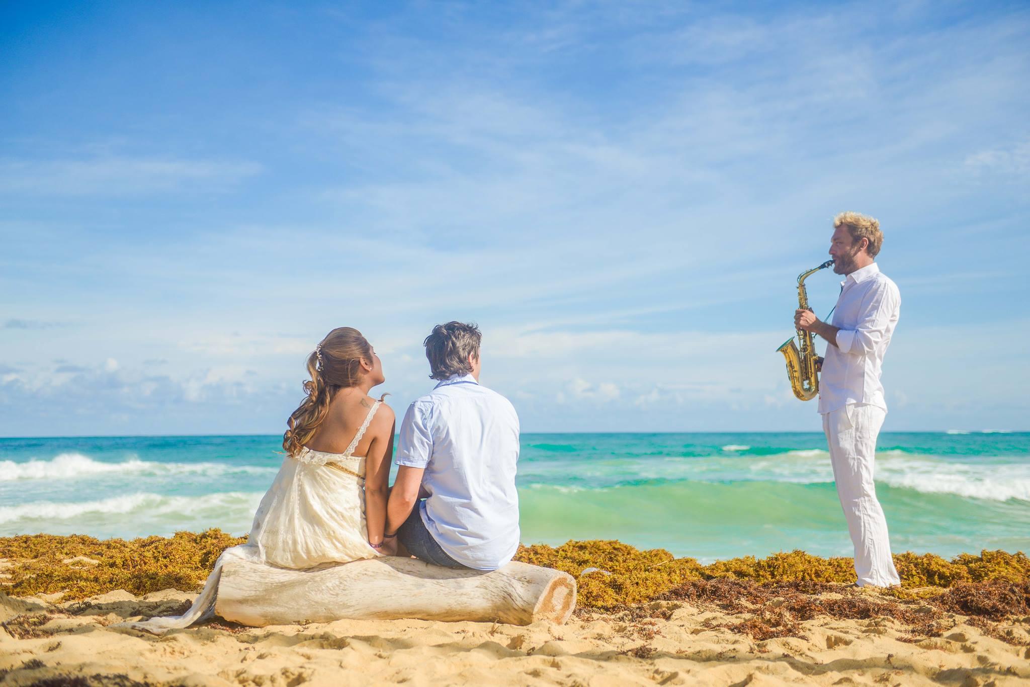Beach and Saxo