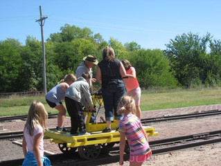 3rd Graders go to Stuhr Museum