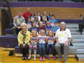 Third Grade Receives Gift from Minden Rotary Club