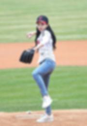 Im_Na-yeon_at_LG_Twins_vs_KIA_Tigers_gam