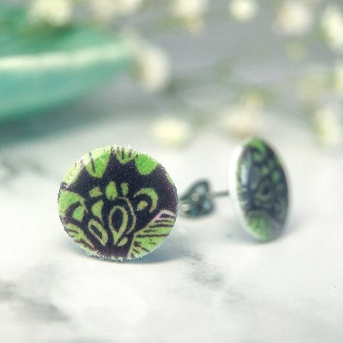 Patterned stud earrings