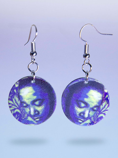 Contemplate dangle earrings