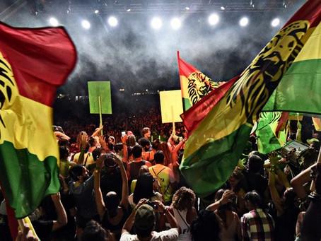 ¿Qué significan los colores verde, amarillo y rojo en la cultura Rastafari?