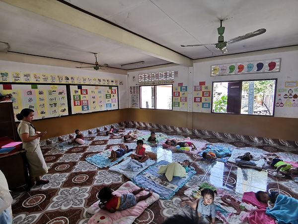 Carrelage des classes de Boun Kha Gnong