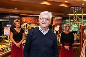 Wolfgang Stehling ist Bäckermeister, Konditor, Einzelhandelskaufmann und Betriebswirt. Das CaféFabrice in der Breitenbacher Straße 3 führt er seit 1997, das benachbarte Akzent-Hotel Stadt Schlüchtern seit 20 Jahren.