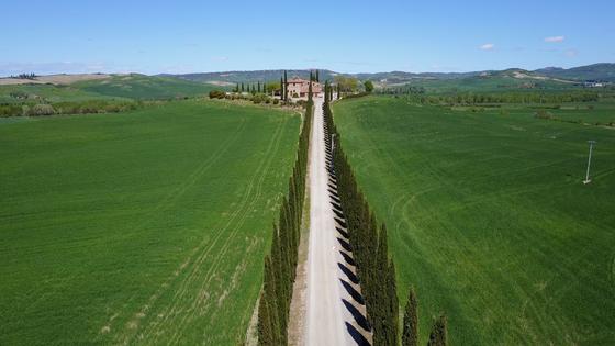 Tuscan Villa 1.png