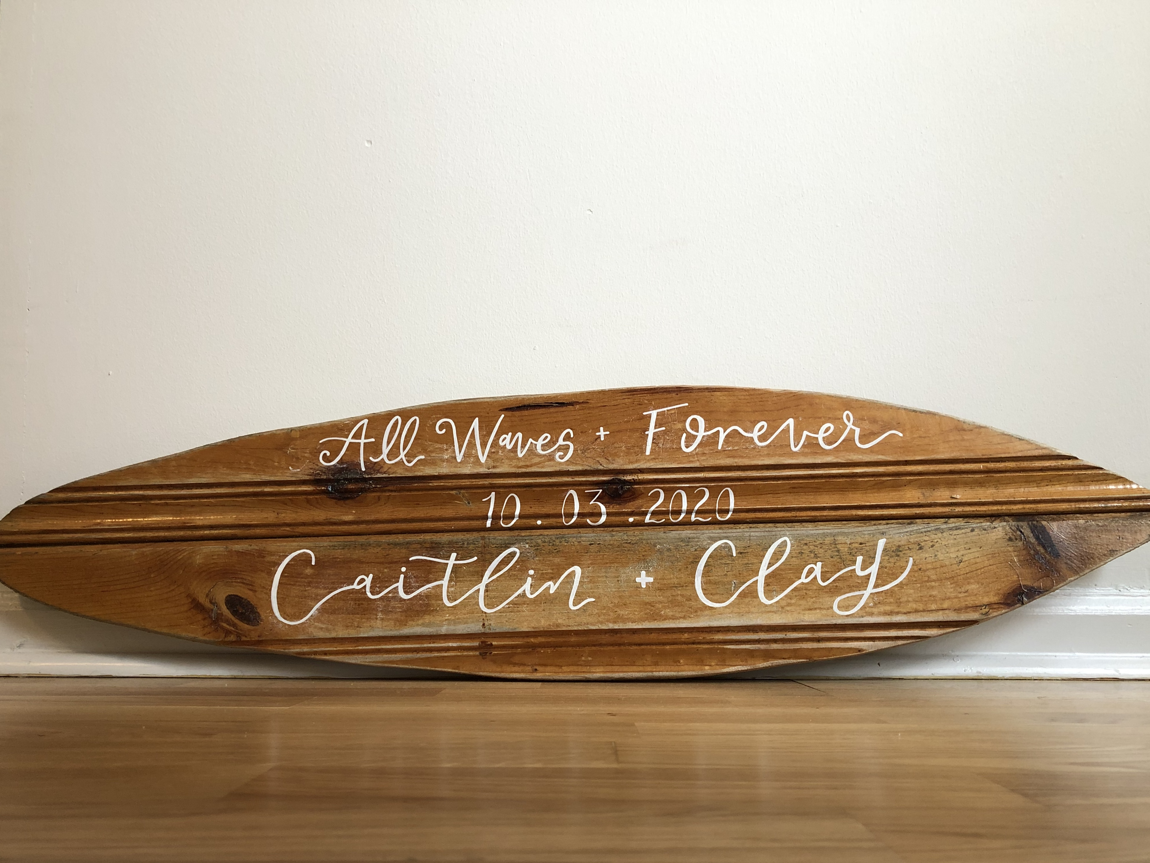 Wooden Surfboard Welcome Sign