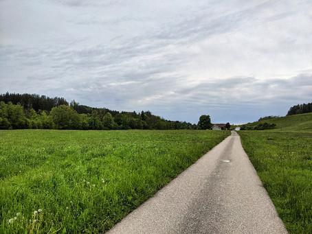 Von Wolfertshofen nach Wangen an einem kalten Tag im Mai