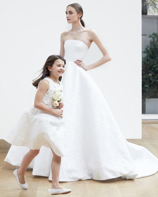 oscar-de-la-renta-wedding-dress-spring2018-6347946-30_vert