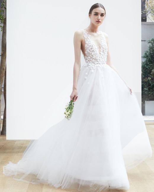 oscar-de-la-renta-wedding-dress-spring2018-6347946-9_vert