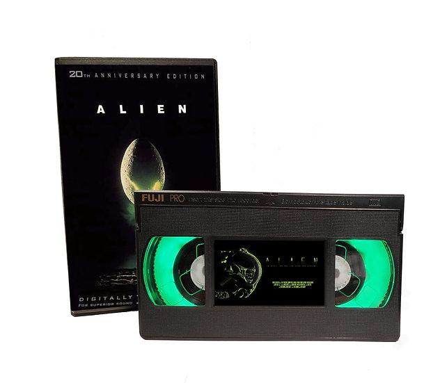 ALIEN VHS MOVIE NIGHT LIGHT