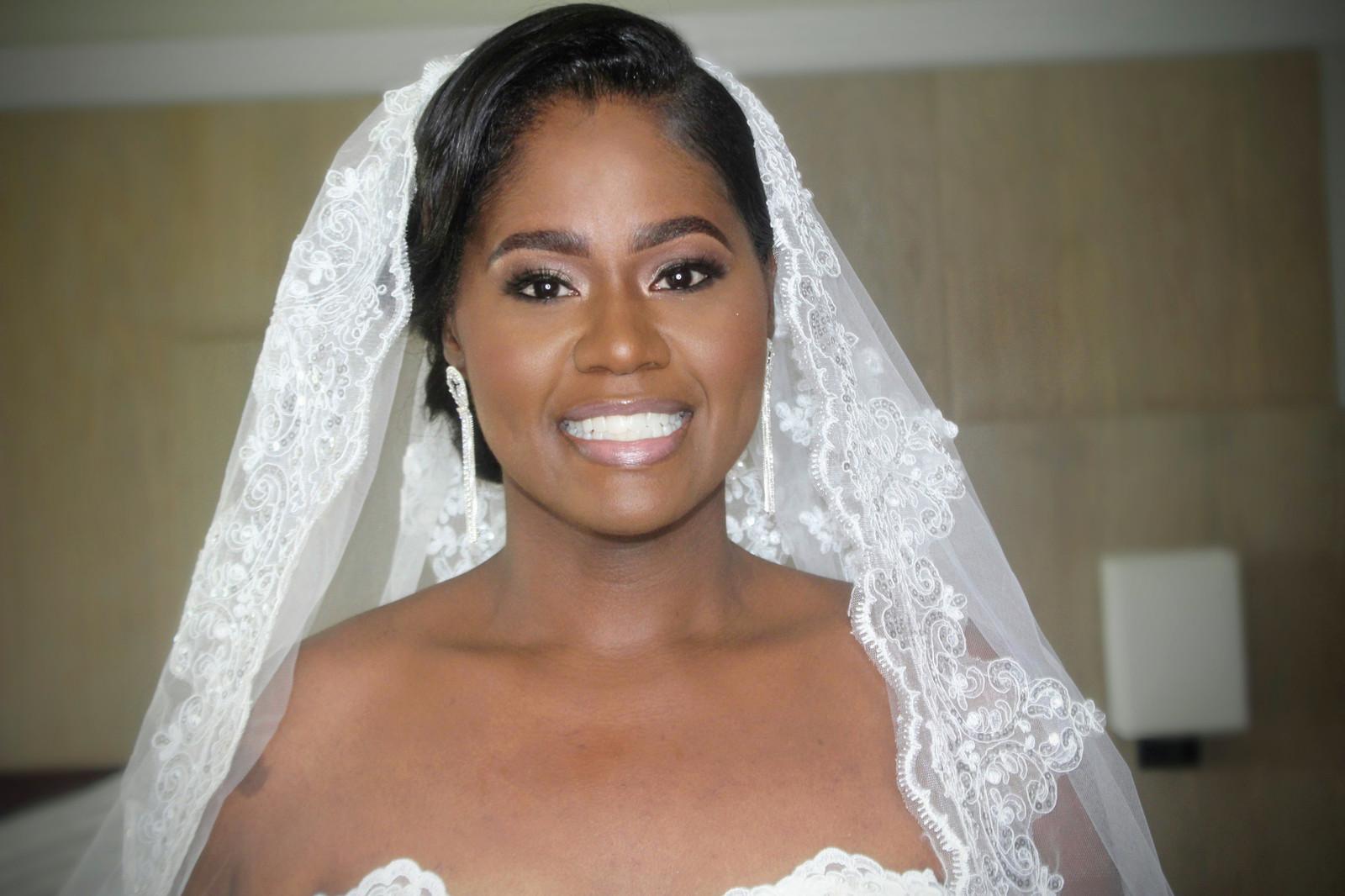 Jamaican Makeup Artist | In Your Face Beauty Bar