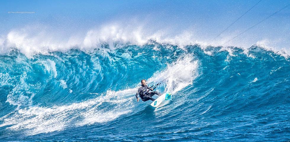 Maurice wave.jpg