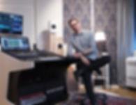 I-STUDIO Daniel 01 web.jpg