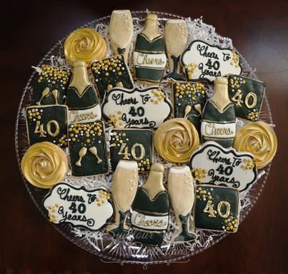 cheersto40yearscookies.jpg