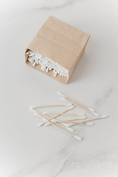 cotton-buds-in-a-paper-bag-3737613.jpg