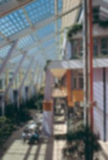 Innenansicht Wohn- und Gewerbehof Prisma in Nürnberg