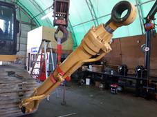 John Deere 450CLC Boom Cylinder