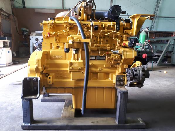 John Deere 350D Engine