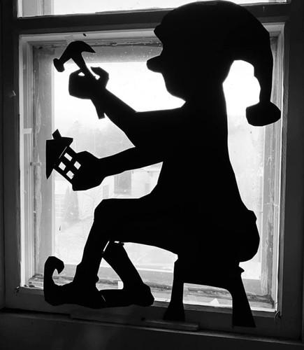 Window Elves, Joan Hollnagel
