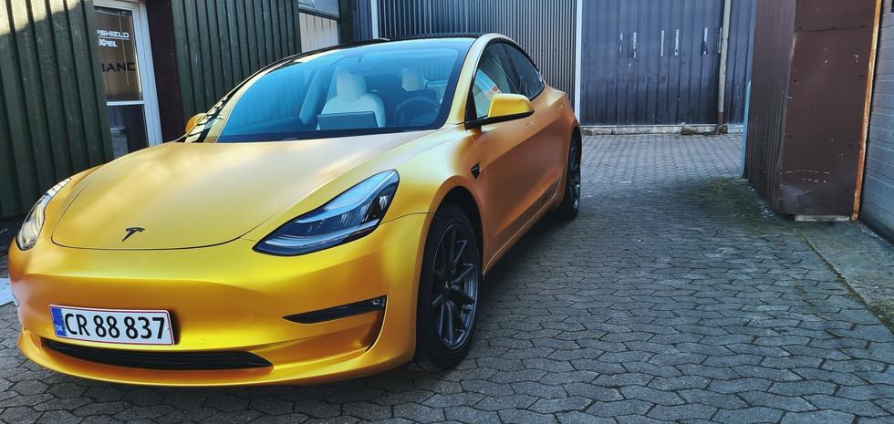 Tesla folieindpakning