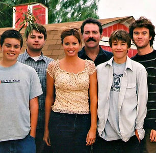 IMG_5680.jpg family.jpg